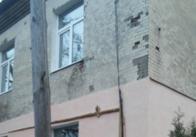 На Троянівській у Житомирі прорив води ліквідували, тепер будуть рятувати дім