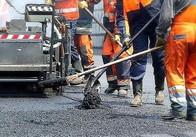 Кияни за 2 мільйони полатають дорогу в Житомирській області