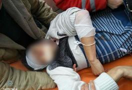 У Житомирі на Покровській через алкоголь чоловік порізав іншого. Фото