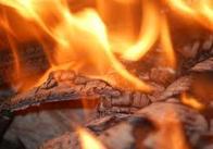 У Житомирській області 60-річний чоловік згорів у власному будинку, бо курив у постілі