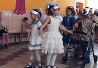Активісти Національного корпусу привітали дітей з Потіївської школи-інтернату