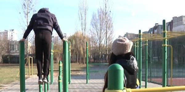 У Житомирі скоріше б вже добудували спортмайданчик на Малікова