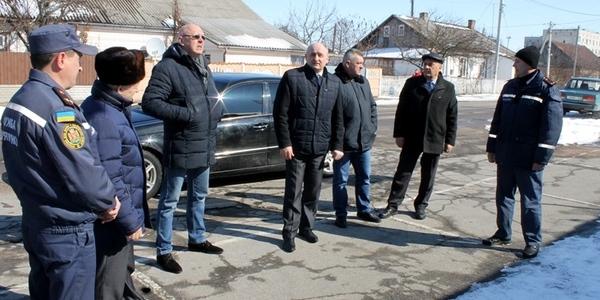 Володимир Ширма оглянув недобудоване Пулинське пожежне депо
