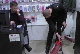 У Житомирі перевірили торговий центр на Житньому