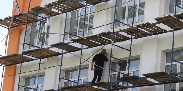 Володимир Ширма оглянув ремонт соціальних закладів у Барашівській ОТГ