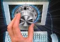 По материалам Житомирской СБУ осуждены двое хакеров, присвоивших почти 360 тыс. гривен
