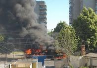 В Житомирі на проспекті Миру згорів Камаз (фото)