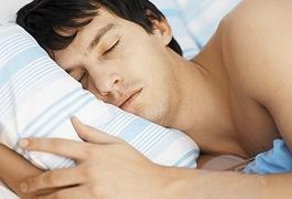 Медики радять засипати в 10 вечора, щоб без проблем вставати в 6