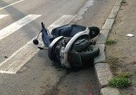 В Житомире водитель скутера сбил молодую девушку