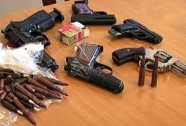 На Житомирщині працівники міліції вилучили арсенал нелегальної зброї та боєприпасів