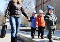 В Житомирі багатодітна мати дочекалася від влади квартиру