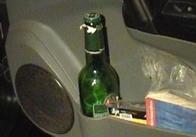Житомирские таксисты перегибают палку: житомирские ГАИшники при задержании пьяного таксиста еле отмахались от толпы таксистов, подоспевших на защиту коллеги (фото)