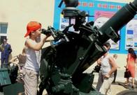 На Житомирському полігоні для дітей організували виставку військової техніки