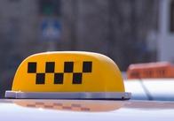 В Житомире к бастующим торговцам присоединились таксисты