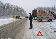 Подорож з трагічним кінцем: на Житомирщині мікроавтобус «Фольксваген» врізався у вантажівку