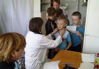 У Житомирські школи повернули обов'язкові медичні профогляди