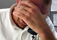 Украинцы жалуются: стресс от работы негативно влияет на их сон